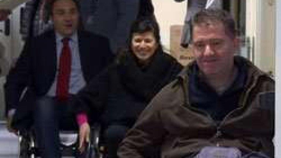 Segretari in sedia a rotelle per la Giornata DisabilitàSegretari in sedia a rotelle per la Giornata Disabilità