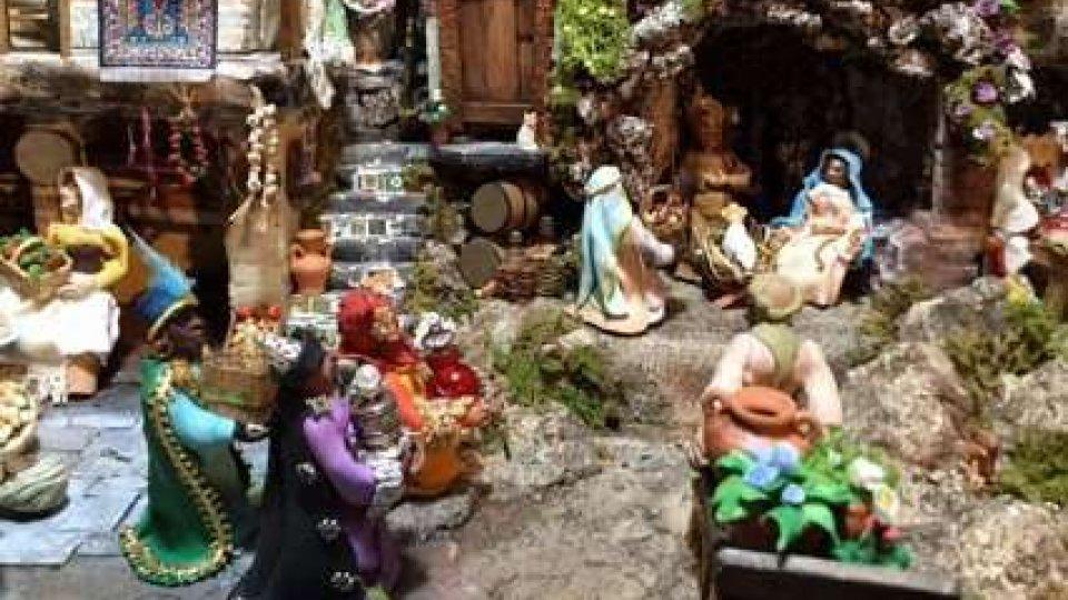 """Mostre, il presepe """"sammarinese"""" di Mimma Zavoli vince il secondo premio all'esposizione di Roma"""