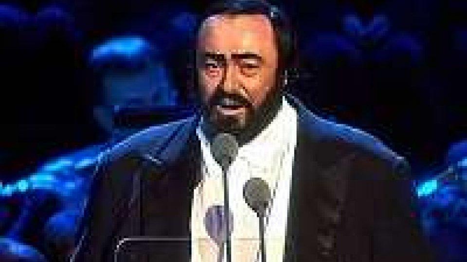 Pavarotti, 10 anni fa l'addio