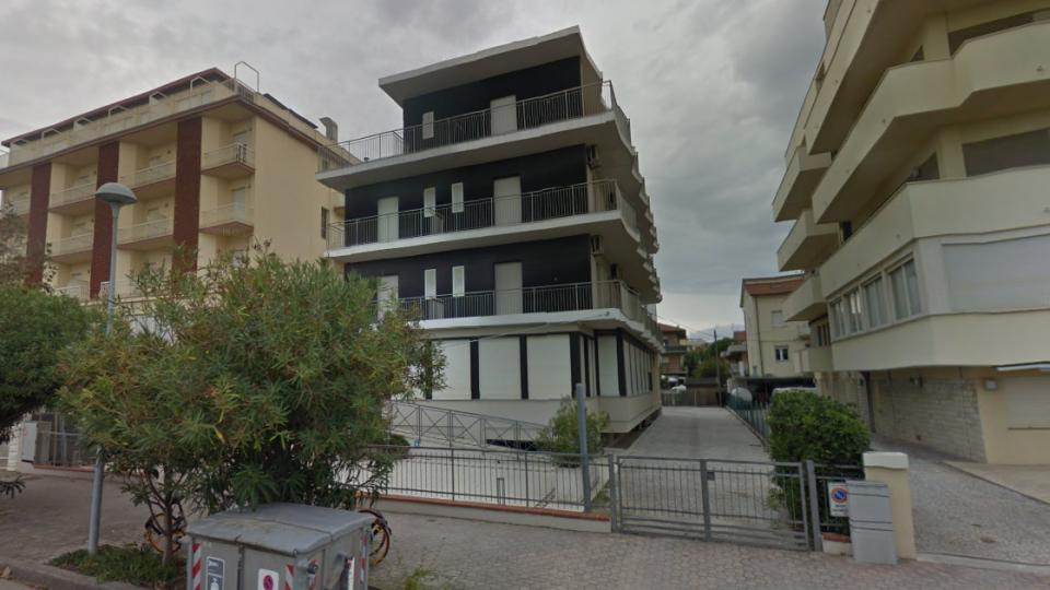 L'hotel in cui soggiornava il 14enne. Foto @google maps