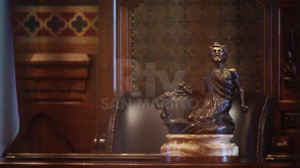 La scrivania della Reggenza