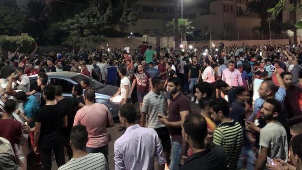 Le proteste, foto Ansa