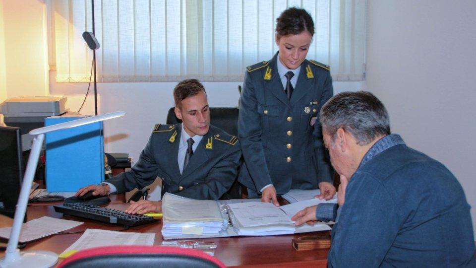 Fatture false per 14 milioni, sequestro Gdf a Rimini