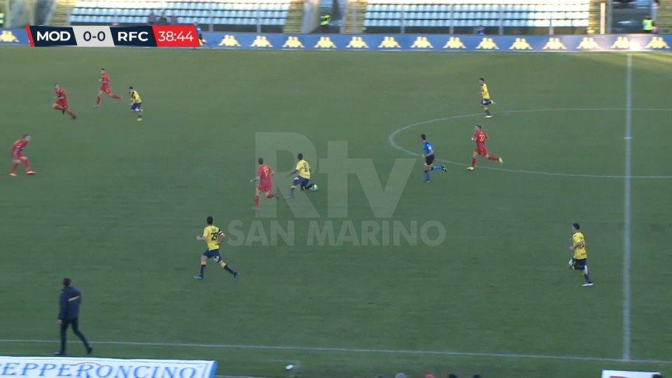 La sciocchezza di Pellizzari lancia il Modena: 2-0 al Ravenna