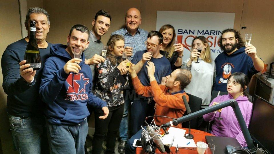 Da Mattarella a Marzullo, l'imitatore Frisi protagonista di 'Radio Tutti'
