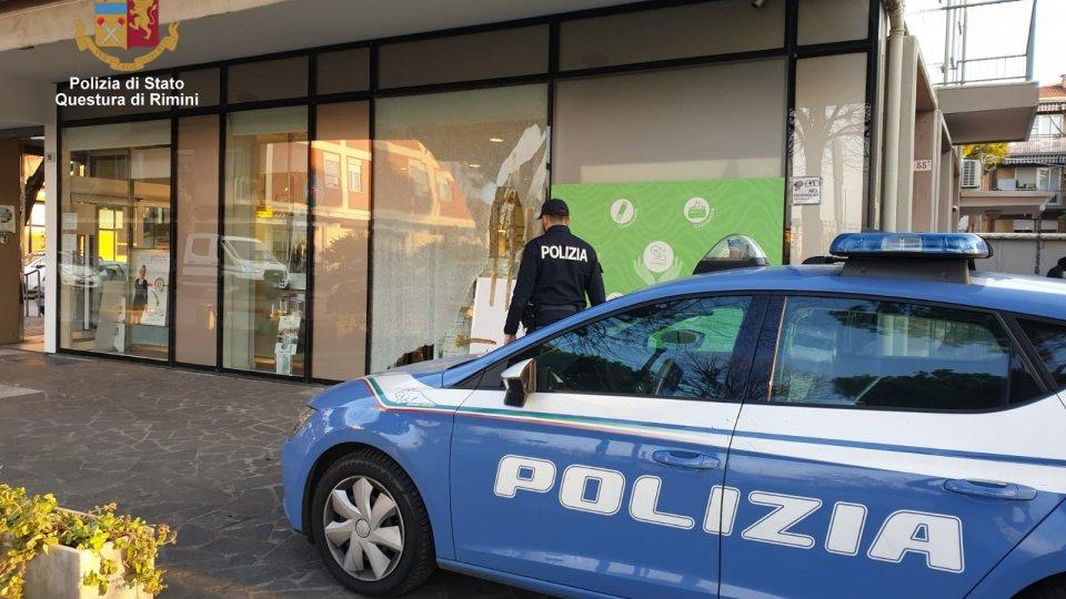 """Rimini: arrestato il """"ladro dei tombini"""", almeno 15 i furti messi a segno"""