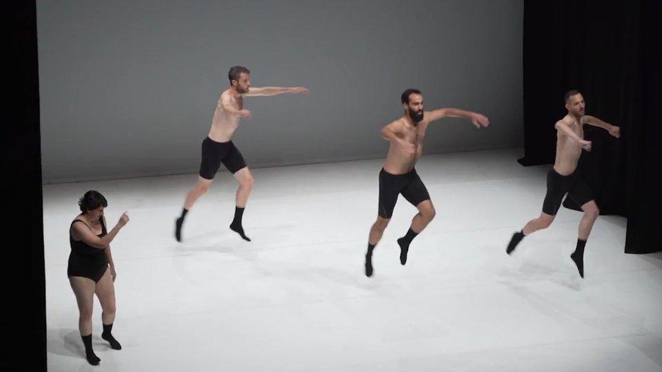 """Graces"" di Silvia Gribaudi e Matteo Maffesanti"
