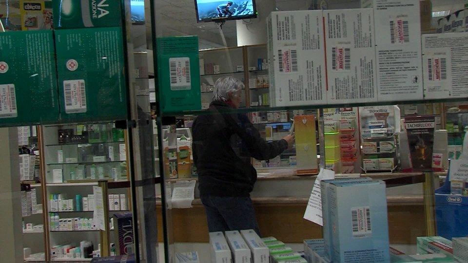 Cambiano modalità per i farmaci mentre Ordine Medici offre disponibilità per incarichi di emergenza all'ISS