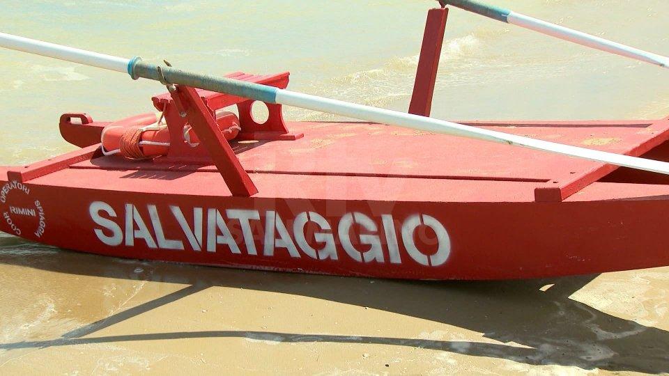 L'Emilia-Romagna riparte: dal 18 maggio via libera a commercio, ristorazione, servizi alle persone e spiagge. Novità anche su spostamenti