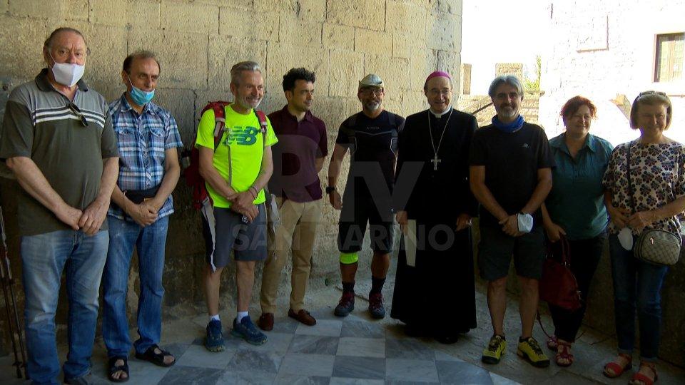 San Marino: la benedizione del Vescovo Turazzi ai pellegrini in partenza per Loreto