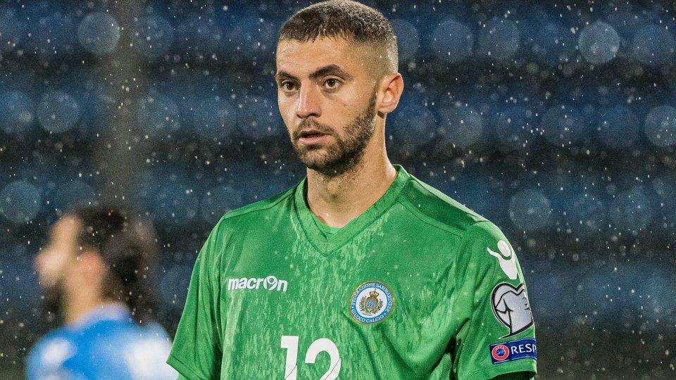 Simone Benedettini con la maglia della Nazionale di San Marino (foto: FSGC)