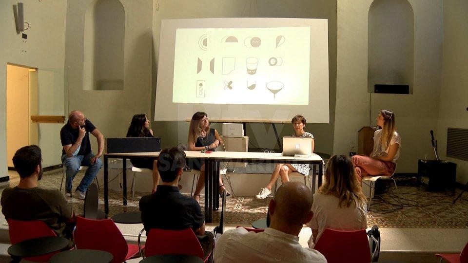 Al Monastero Santa Chiara la premiazione degli studenti di Design di Unirsm in collaborazione con l'azienda La Chiara