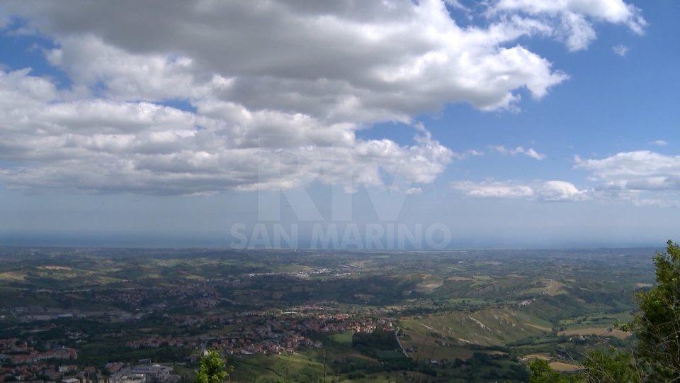 Allerta meteo per domani in Emilia-Romagna e San Marino: previsti temporali, forte vento e grandinate