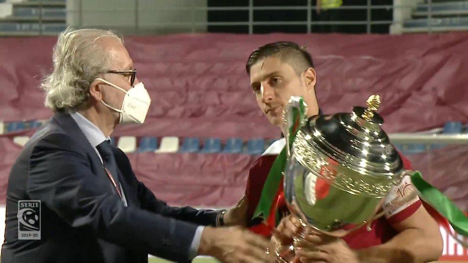 Reggiana, capitan Spanò dice addio al calcio dopo la promozione: meglio studiare