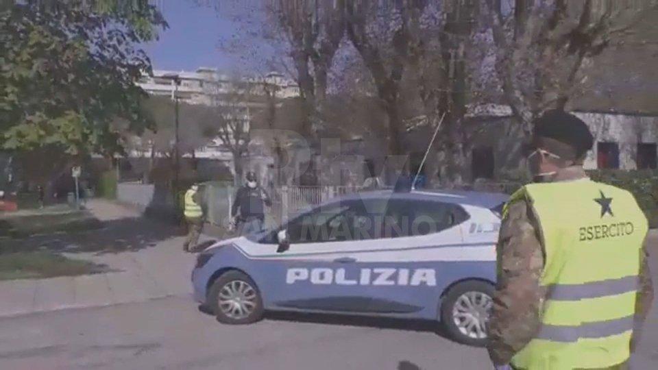 Controlli Polizia e esercito (foto archivio)