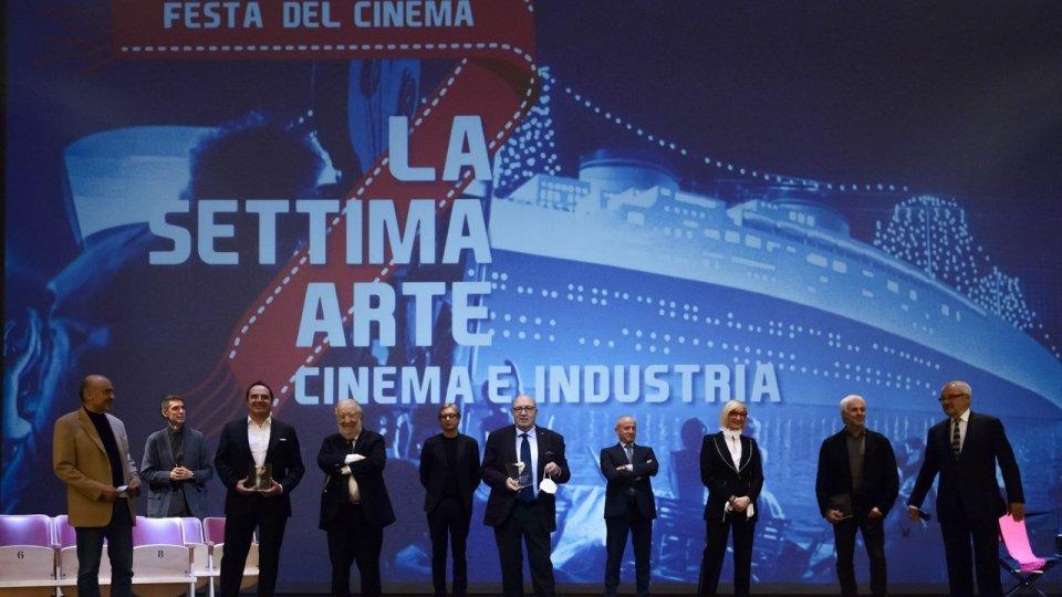 Successo per La Settima Arte Cinema e Industria 2020. A Rimini il 3 volte Premio Oscar Dante Ferretti incontra il pubblico e riceve il premio ad honorem