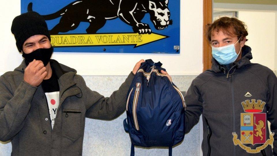 Rimini: lavoratore stagionale trova zaino con 7mila euro e lo consegna in Questura