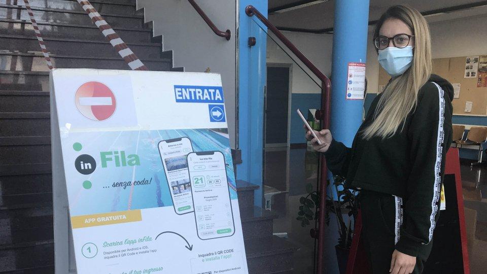 Per l'ingresso in piscina torna la prenotazione obbligatoria tramite l'App inFila
