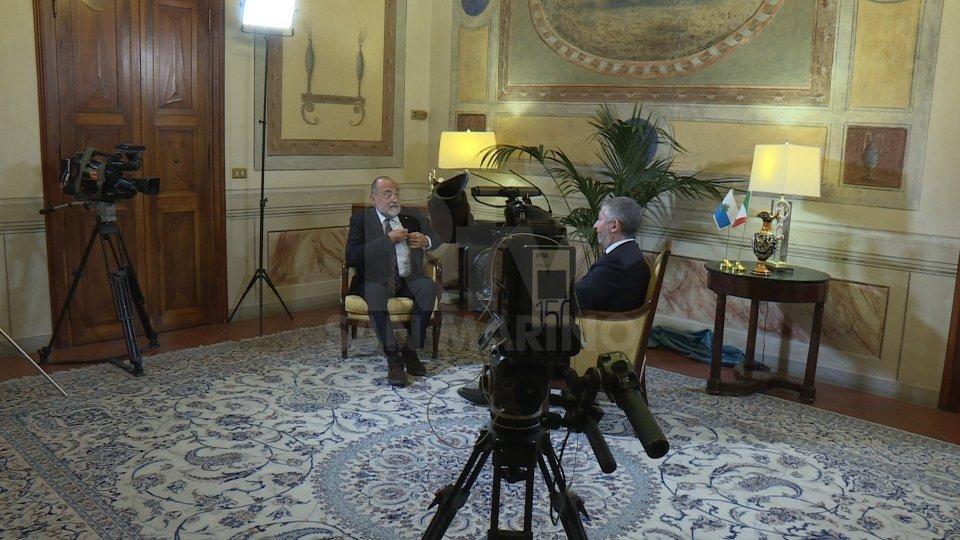 Alle 21.10 in onda il Tg Speciale con l'intervista a Ivan Scalfarotto