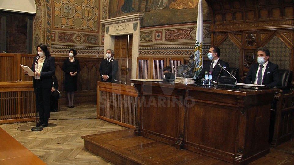 Dopo il giuramento entrano ufficialmente in carica inove capitani di Castello eletti il 29 novembre