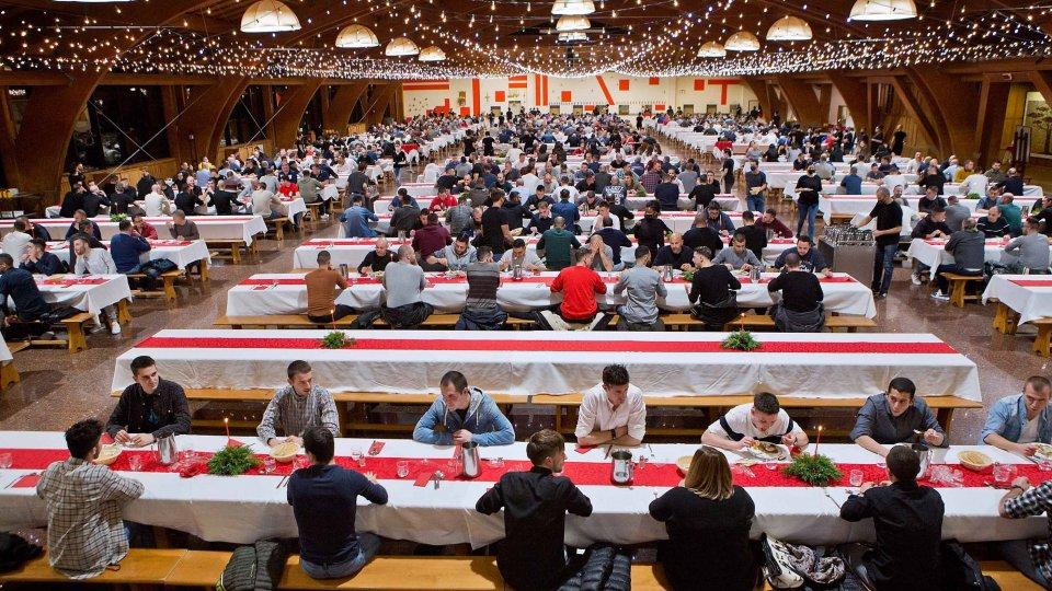 """Natale a San Patrignano tra mascherine e distanziamento: """"È stato bello tornare a pranzare tutti insieme"""""""