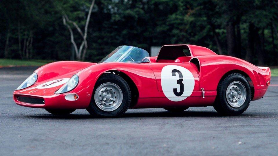 Ferrari 330 P2 Junior replica battuta all'asta a 110mila euro