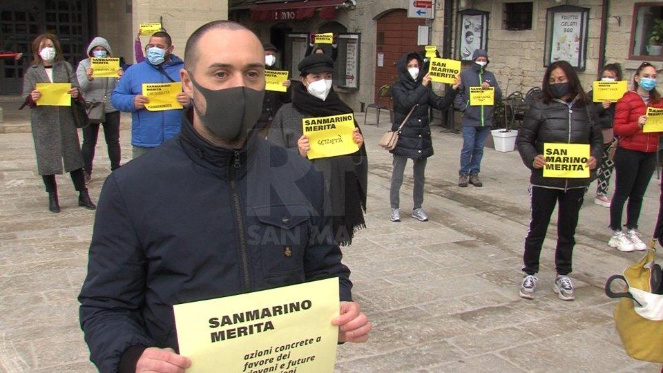 La manifestazioneImmagini dal flash mob