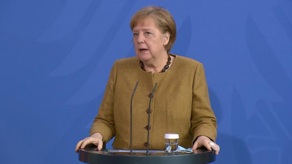 """Germania, Merkel: """"Situazione molto seria""""; proposto """"freno di emergenza"""""""