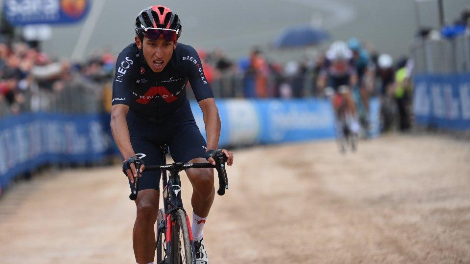 Giro d'Italia, Bernal vola in salita e si prende tappa e maglia