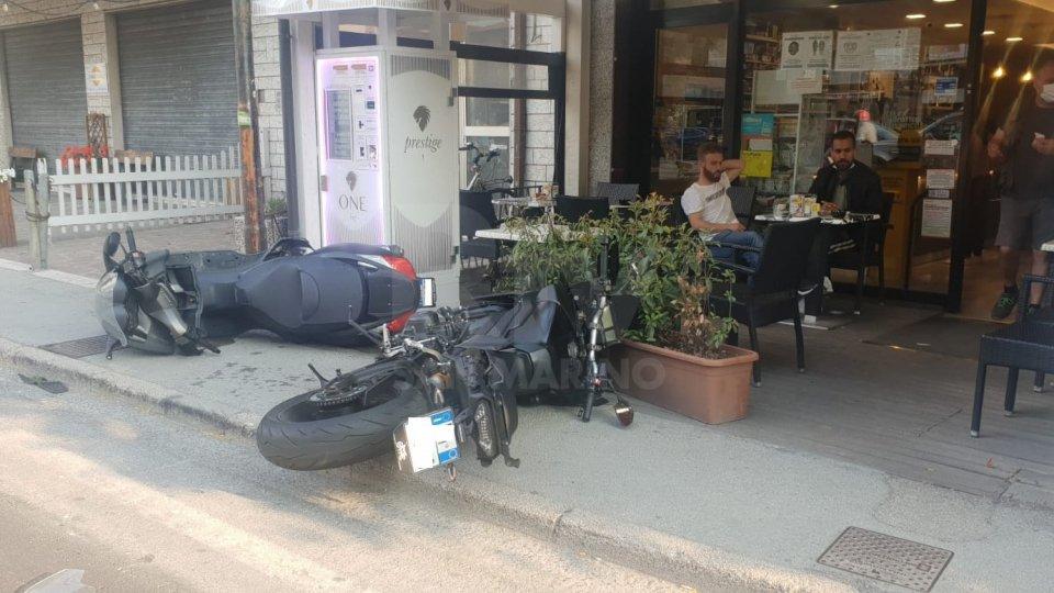 Rimini: motociclista travolto da un camion, in gravi condizioni