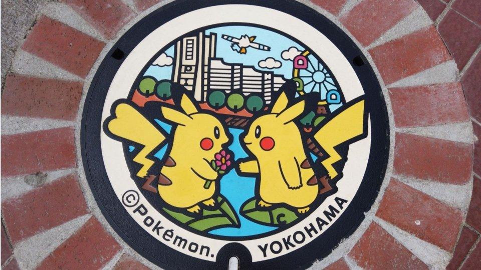 A Tokio i tombini dedicati ai Pokémon