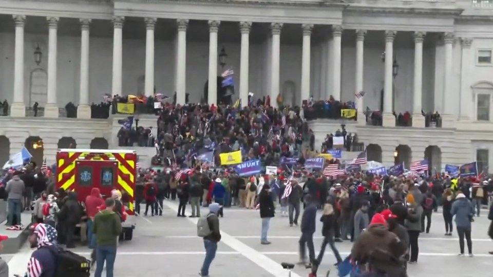 """Assalto al Congresso Usa: """"Volevano fermare la democrazia"""""""
