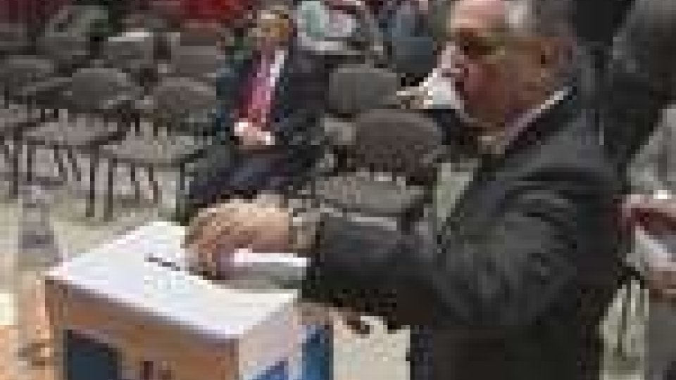 San Marino - Teodoro Lonfernini eletto presidente del PdcsTeodoro Lonfernini eletto presidente del Pdcs