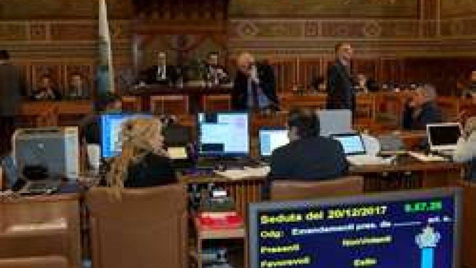 ConsiglioCGG: 7 milioni in 25 anni per l'acquisto da parte del Governo di Casale La Fiorina