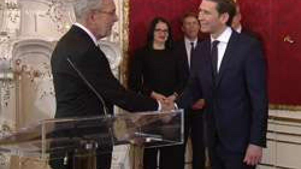 Austria: il Governo Kurz ha giurato; proteste a Vienna