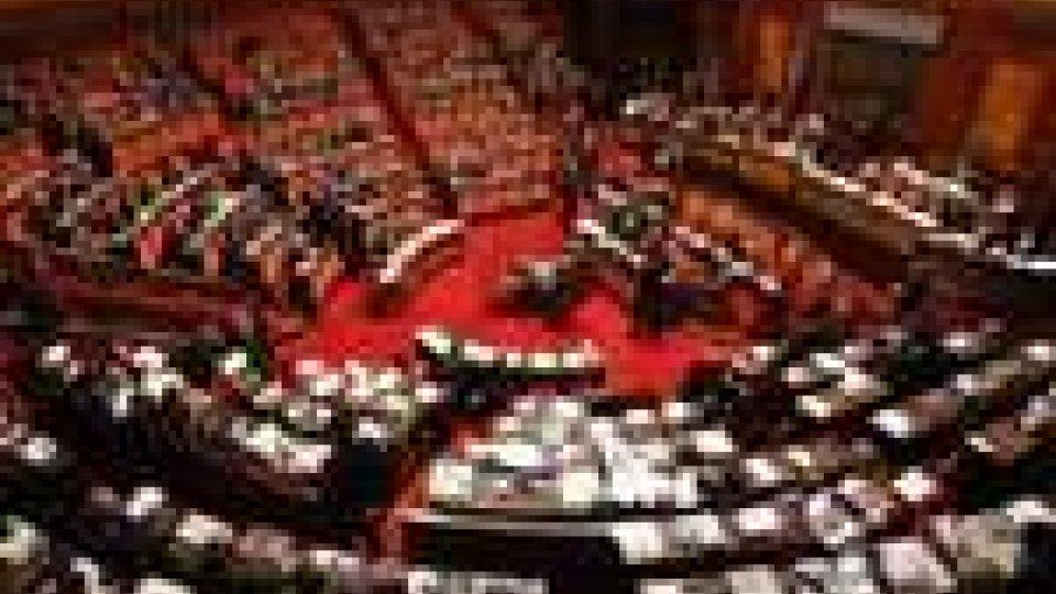 Senato, fiducia al governo