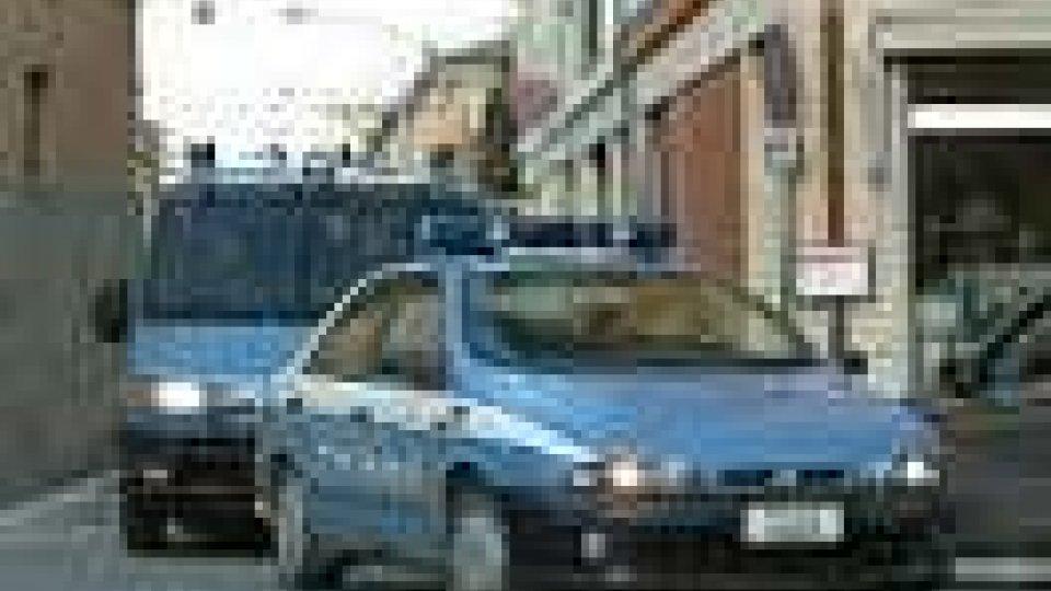 Rimini: 3 fermi per sfruttamento prostituzione