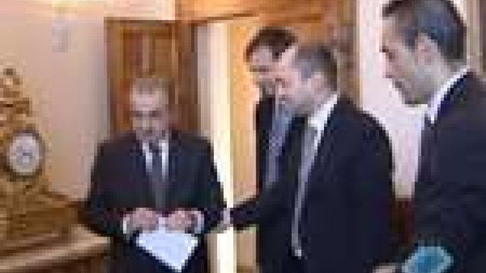 L'opposizione fa blocco sulla vicenda Riccio- Zechini