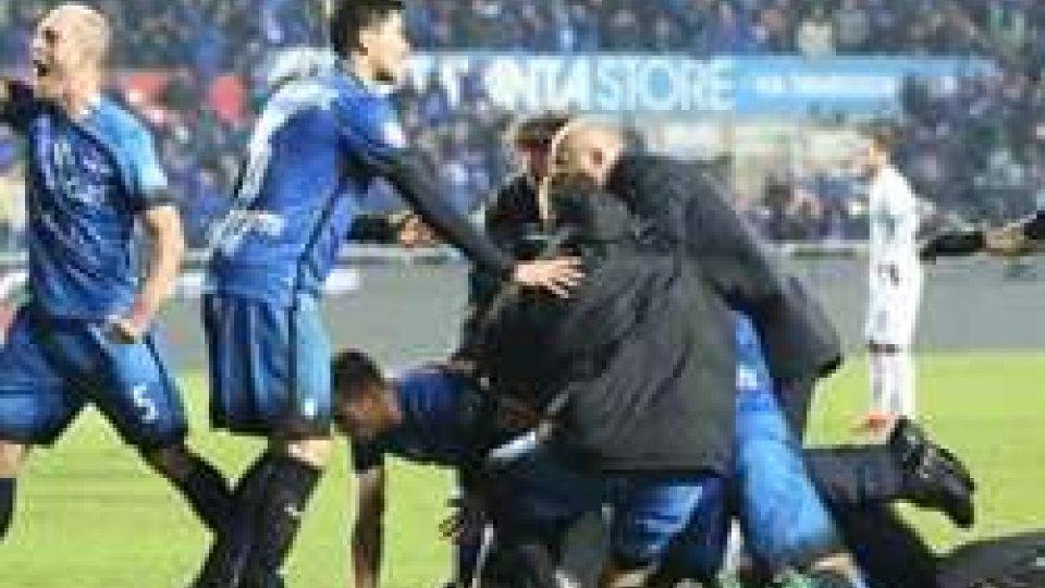 L'esultanza dei giocatoriScontro diretto in zona Europa tra Inter e Lazio.