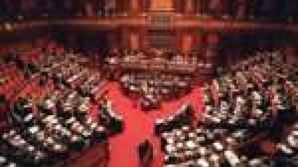 Politica italiana: venerdì il milleproroghe