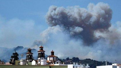 Incendio a Gran Canaria, evacuate 8000 persone
