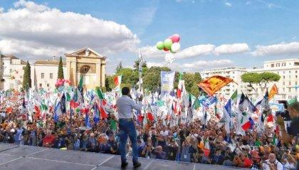 Centrodestra in piazza. Salvini: 'Qui c'è l'Italia vera'