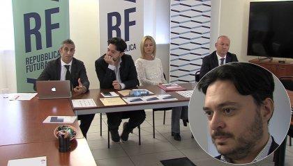 Rf presenta la brochure contenente il programma di governo