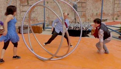 SI, viaggiare: Kerouac al circo-teatro