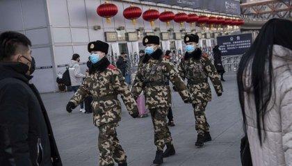 Cresce la capacità di diffusione del coronavirus. Turisti cinesi insultati a Venezia