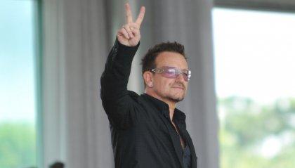 Bono Vox fa una dedica ai medici e infermieri impegnati in prima linea