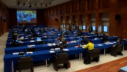 """""""Dichiarazioni inopportune"""" a stampa e tv d'oltreconfine su Governo italiano: il Dirigente del Tribunale nel mirino della maggioranza"""