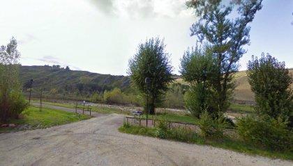 Cade nell'argine del Torrente San Marino: riminese soccorso da Polizia Civile, Guardia di Rocca, 118