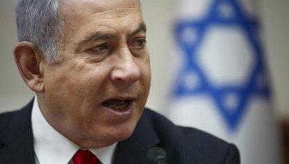 Israele: oggi Netanyahu passa dalla riunione di governo all'udienza in tribunale