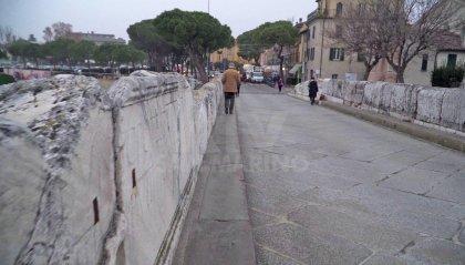 Passeggiate in sicurezza: Ponte di Tiberio rimane pedonale per tutta l'estate